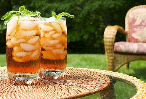 Что лучше пить летом в жару?