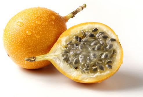 ...популярный напиток после воды со льдом и колы со льдом - фруктовый...